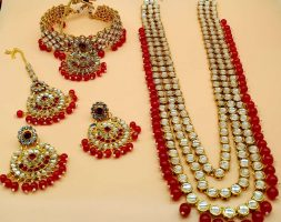 the Gorgeous Pearl Gold Plated Wedding Jewellery Multi-String Necklace Set For Women