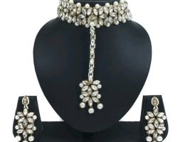 Trendy Women's Jewellery Sets